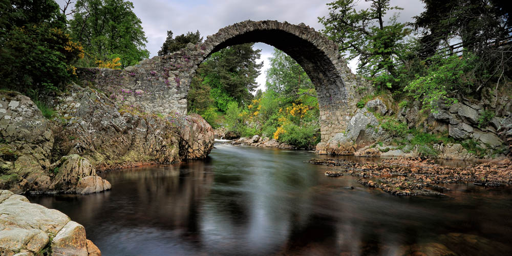 The Old Packhorse Bridge Carrbridge - Places to Visit Inverness-shire